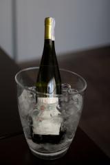 Фото: Вино «Pieropan» в Киеве.