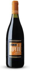 Фото: `дружелюбное` вино San Deni Merlot