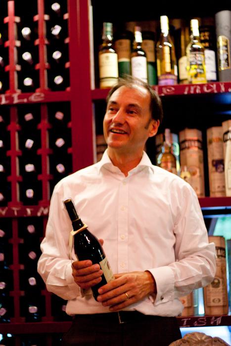 Фото: представитель компании Emilio Lustau, магистр вина (master of wine) Колин Гент
