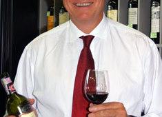 Фото: Бретт Криттенден (Brett Crittenden) - винный судья международного уровня