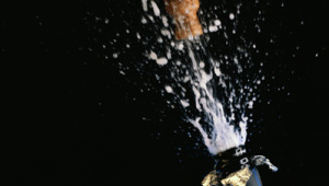 Фото: «Как пробка из бутылки»…