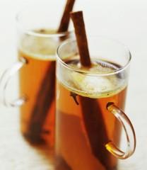 Фото: «Горячая» замена глинтвейну — рецепты коктейлей.