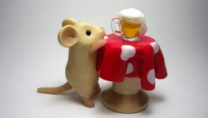 Фото: Мышь и пиво.