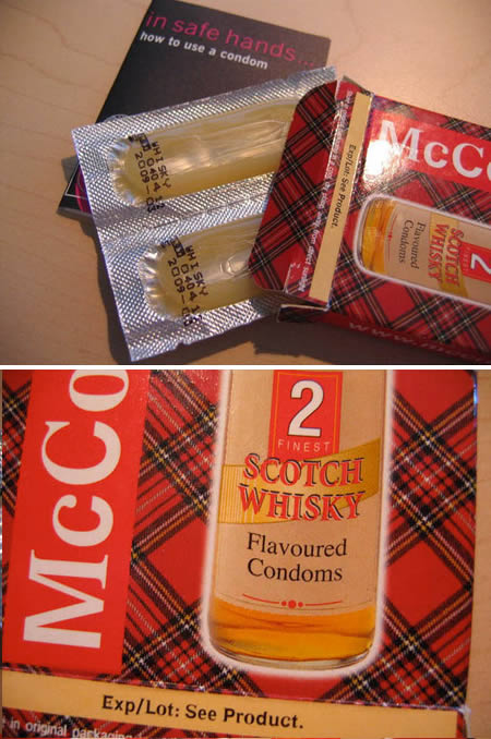 Фото: Презервативы с запахом виски (Whisky flavoured condoms).