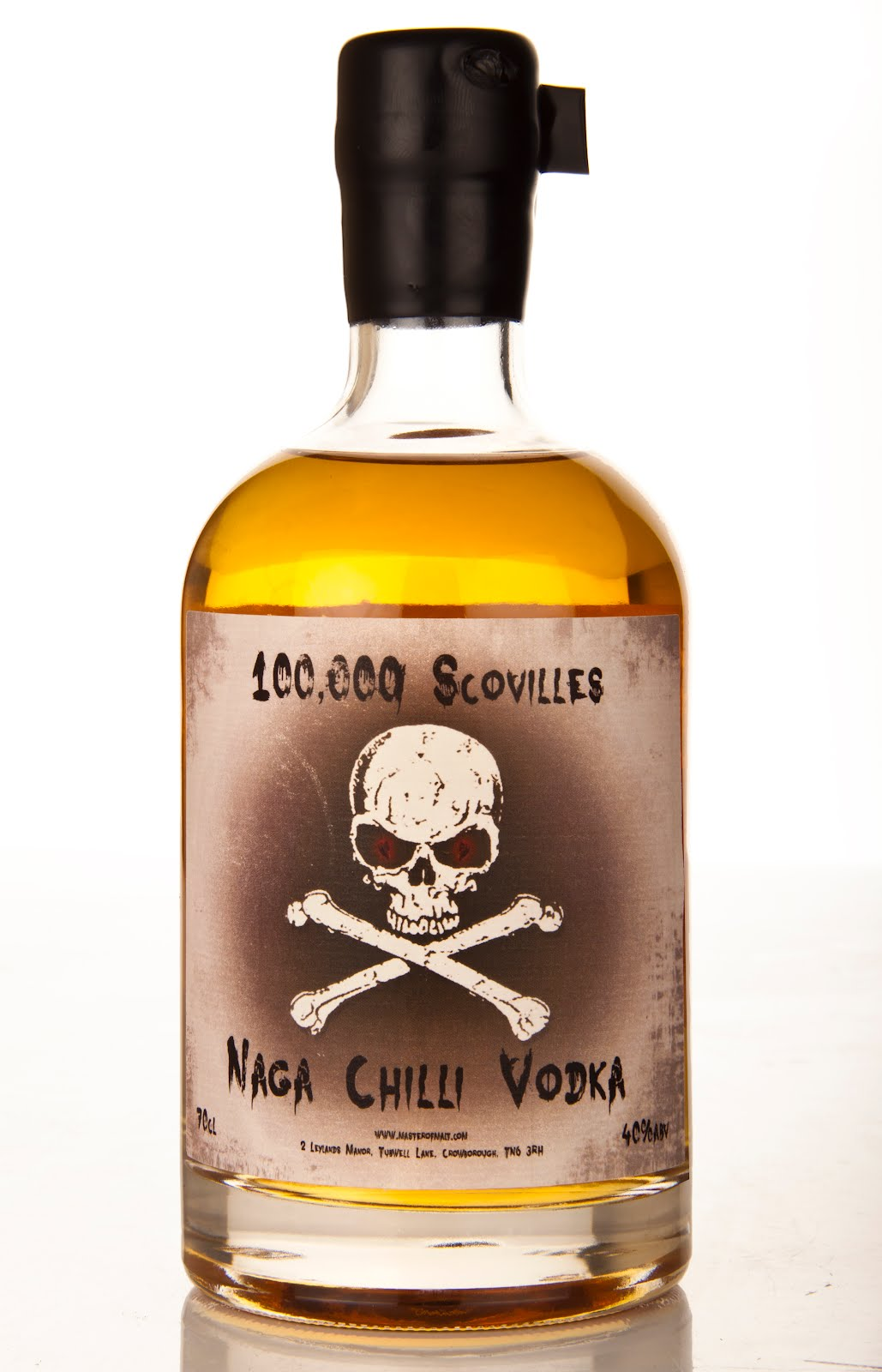Фото: «100000 Scovilles — Naga Chilli Vodka» — самая острая водка в мире.