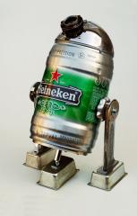 Фото: Робобир — «Heineken R2-D2»