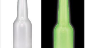 Фото: Декорирование бутылок люминесцентной краской.
