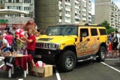 Фото: «БАЯДЕРА» подарила киевлянам праздник в день открытия 100-го магазина «ЭКО-маркет».