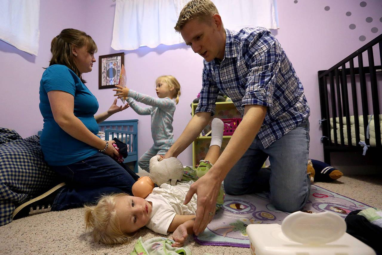 Фото: Выделять любимчиков опасно — Хейди Дженсен с семьей.