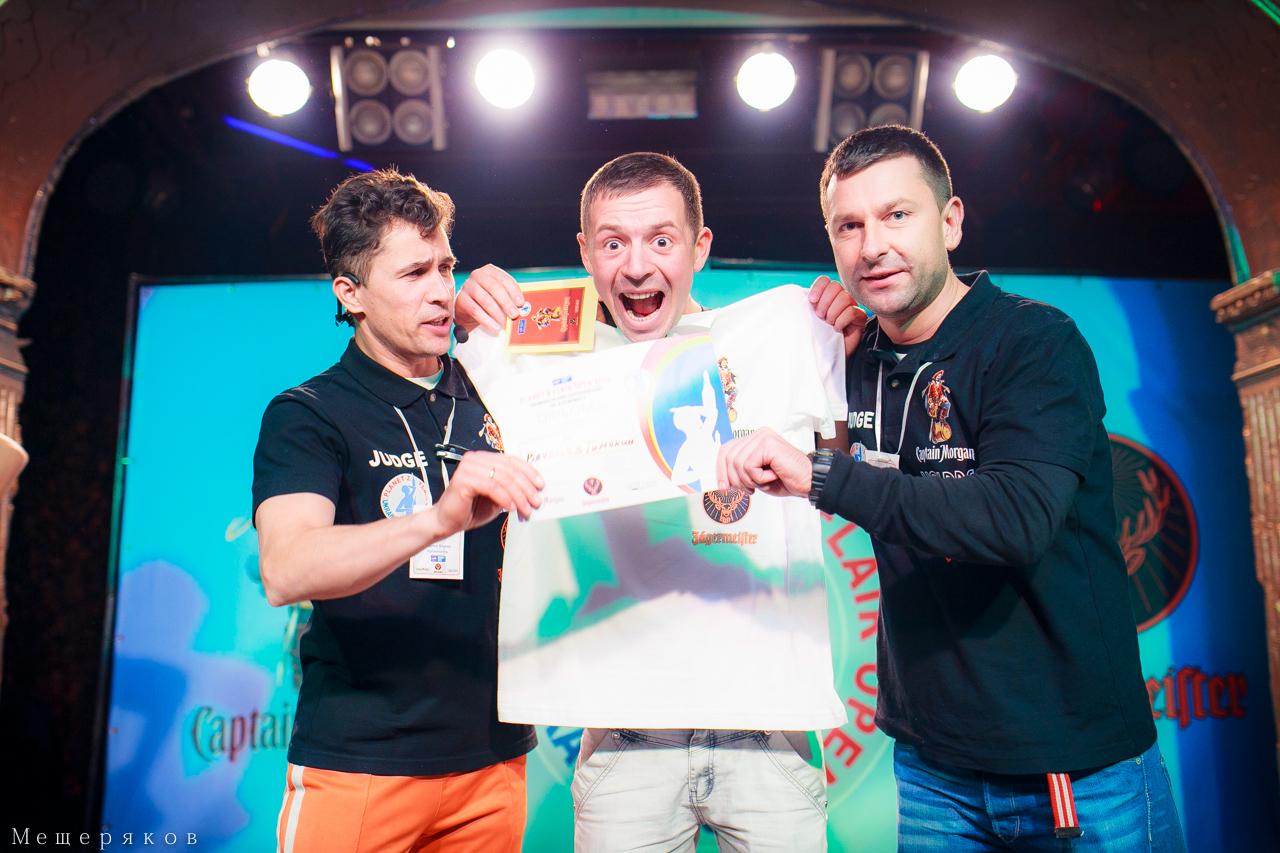 Фото: Днепропетровск встретил 3 тур национального чемпионата flair-барменов «Planet Z — Flair Open 2014».