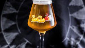 Фото: Пиво Duck Duck Gooze 2016. Да, бельгийское, я в курсе.