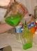 Фото: Отфильтрованную водку переливаем в бутылки.