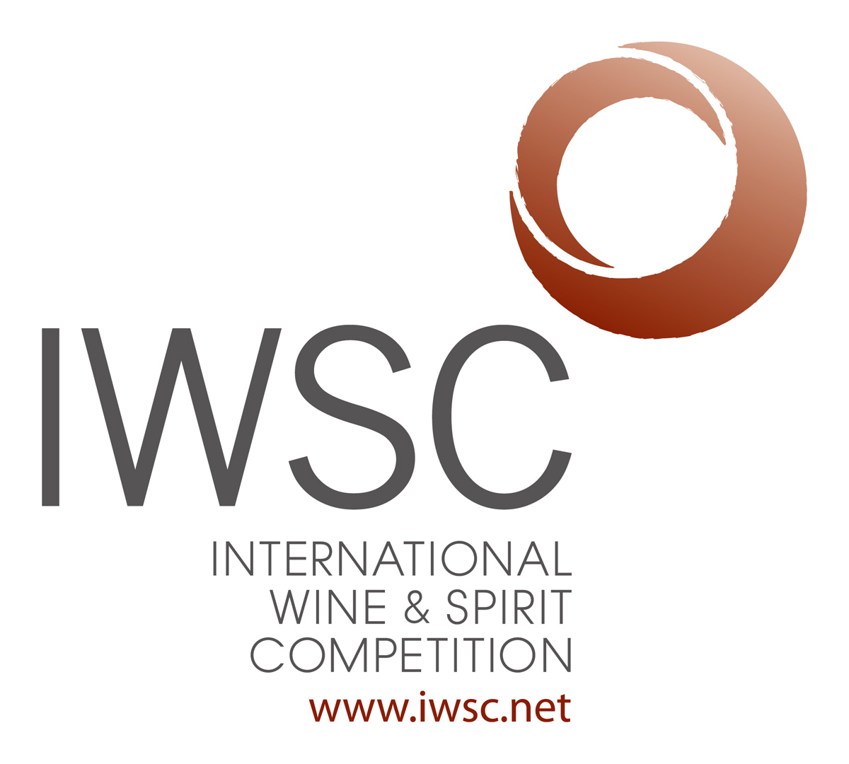 Фото: логотип конкурса IWSC (International Wine and Spirits Competition)