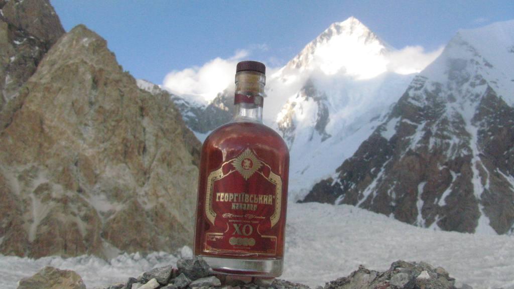 Фото: «Георгиевский» побывал на двух горных пиках – восьмитысячниках в Гималаях.
