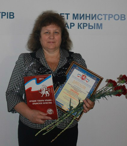 Фото: «Кагор Украинский» от Евпаторийского завода победил на конкурсе «100 лучших товаров Украины».