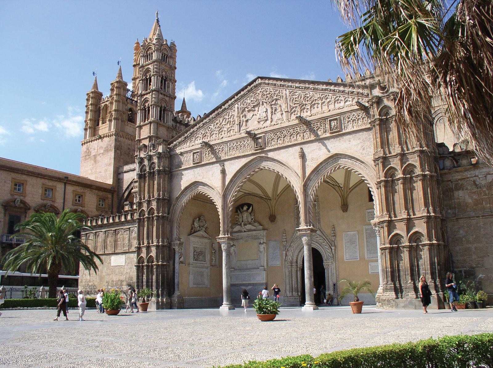 Фото: Кафедральный собор Палермо в Сицилии, Италия.