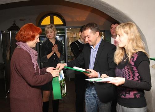 Фото: «Львовская пивоварня» провела мастер-класс по пивоварению для экскурсоводов Львова.