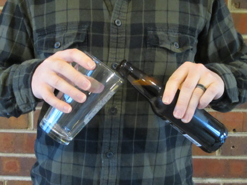 Фото: Как правильно наливать пиво.