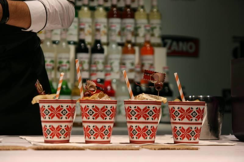 Фото: «ULTIMATE MONIN Cup Ukraine 2014» выбрал лучшего бармена Украины.