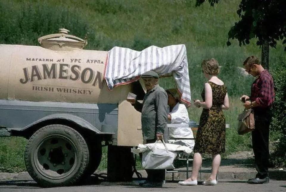 Фото: Виски из бочки.